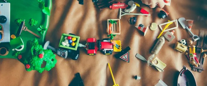 How to fix modern plastic toys