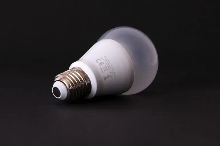 Bathroom Light Fixture Keeps Burning Out Bulbs cfl bulbs burn out quickly? here's what to do. - the silicon