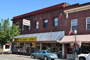 Coast to Coast hardware stores history