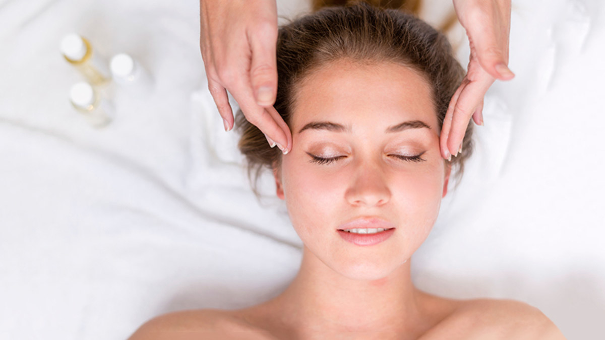 The Natural Face Lift Anti Aging At Your Fingertips