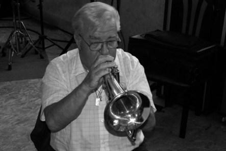 Lennart Axellsson, Sol Naciente