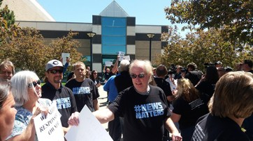 Denver Post employees rally in Colorado. Photo by Laurie Faliano.