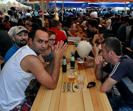 beer_festival_253_Crop