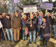 rail_workers_on_strike