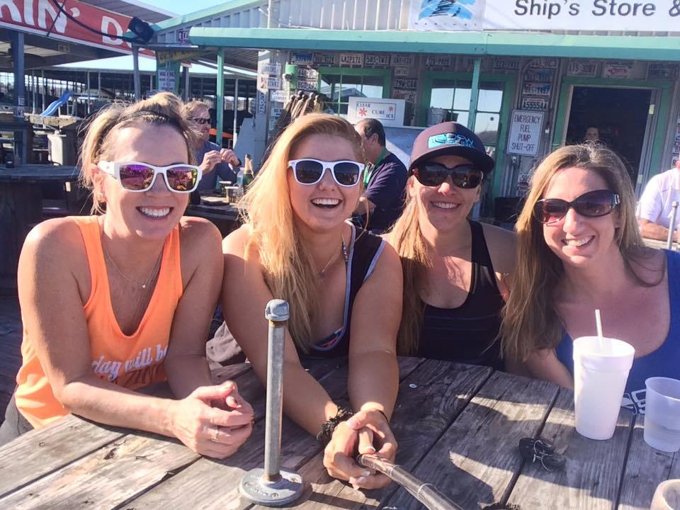 DFW-Surf-Club-Elaina-Anya-Andra-and-Kristen-at-Big-Daddys-on-Lake-Grapevine