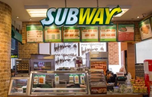subway restaurant inside
