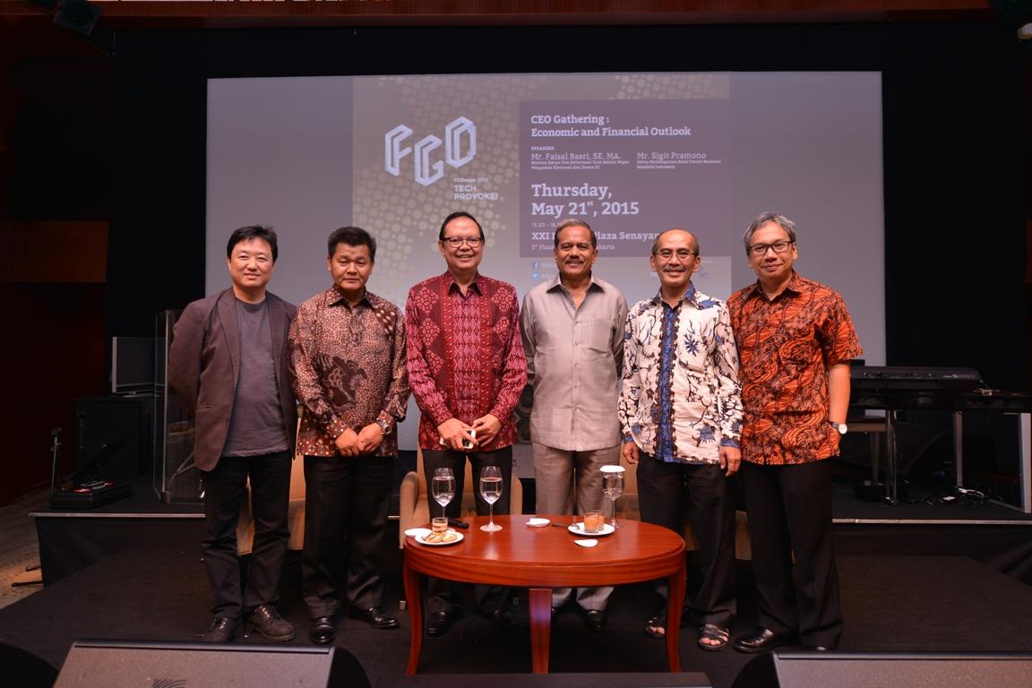 Ki-Ka : Andy S Budiman (Moderator), Guntur Santoso (Dewan Penasehat FGDexpo), Sigit Pramono, Chappy Hakim, Faisal Basri, Danton Sihombing (Chairman FGD Forum)
