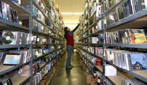 books shelf reading music marketing music promotion
