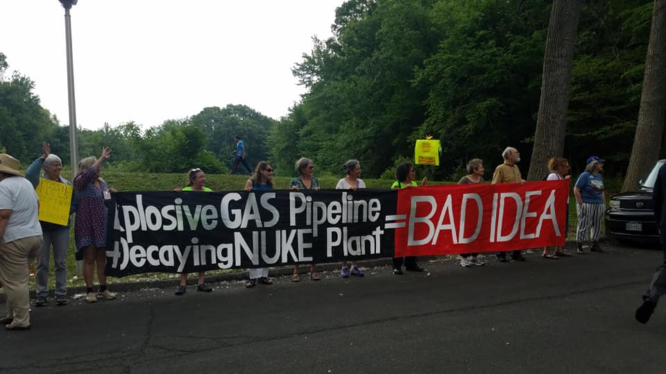 New York: Neighbors Rally at Cuomo Appearance to Shut Down Pipeline