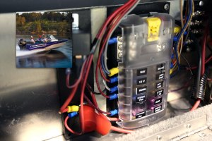 ST Blade Fuse Block  12 Circuits with Negative Bus and