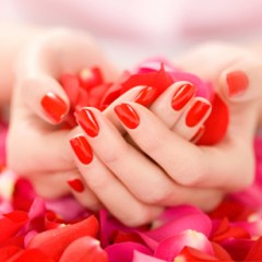 perfectly-applied-red-nail-polish