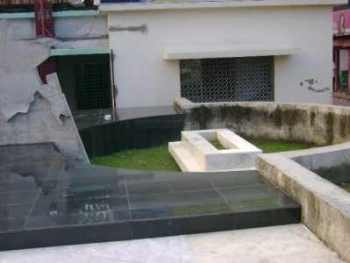 ruhulamin cemetery complex