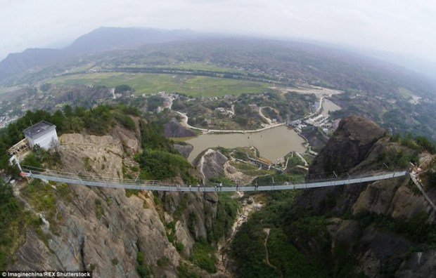 Glass-Bridge-China3