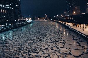 Chicago River (photo by Robin Davis)