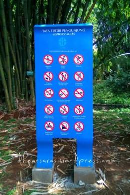 Peraturan pengunjung.