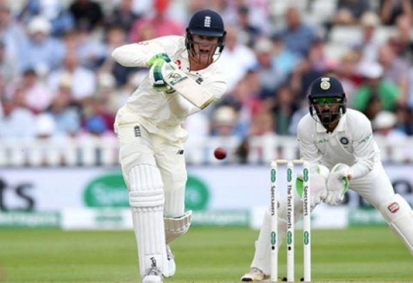 11 August01 Cricket - 1