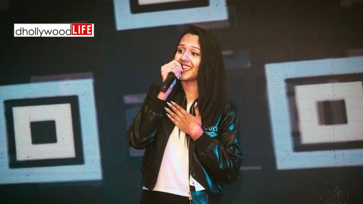 Meet Jensi Kukadiya: The singer of most known song Ghumariyu!!