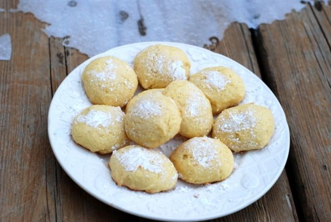 lemon cookies on porch