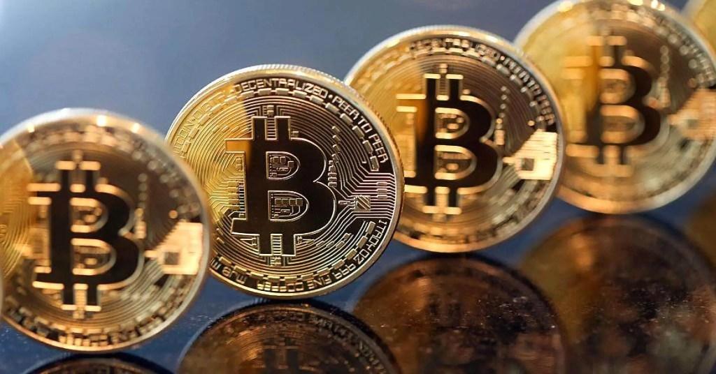 Nová starosť elít. Zlomia kryptomeny väzy súčasnému finančnému systému?
