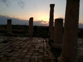 Die Sonne geht Richtung See Genezareth unter