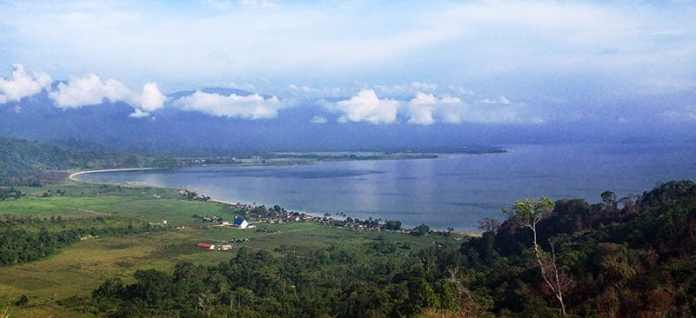 Poso Lake Tentena Tour Hotel Information Center