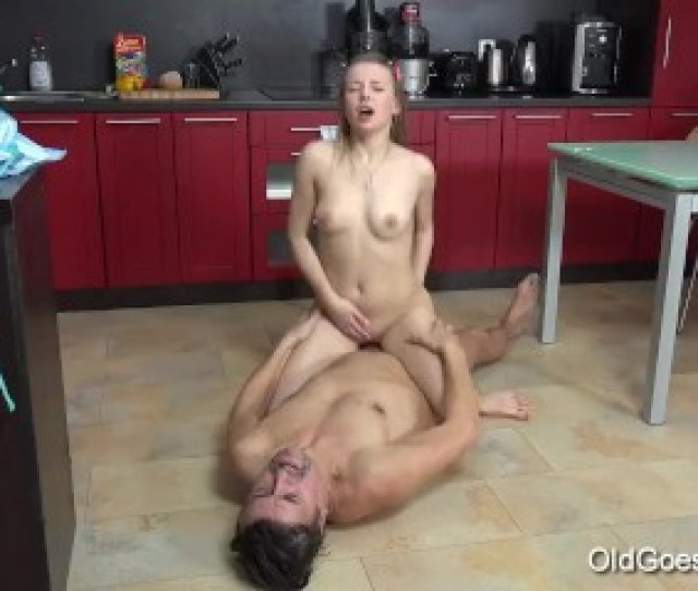 Old Goes Young Steamy Sex In The Kitchen Between Young Babe