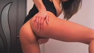 Sexy Hot Chick Dance and Masturbate