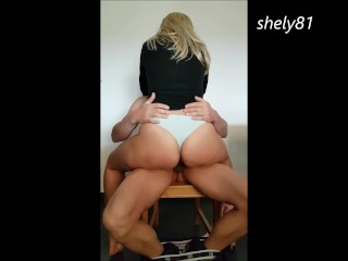 honest selfmade intercourse, she reaches her g spot and experiences her honest orgasm