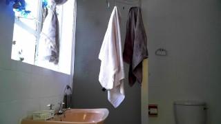 Sensational Sia Soon & Big Sexy Mark Go LONG & HARD in the wash closet!