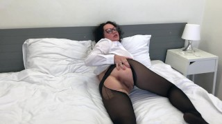 Slut Eats Cum From Her Torn Nylon Pantyhose!