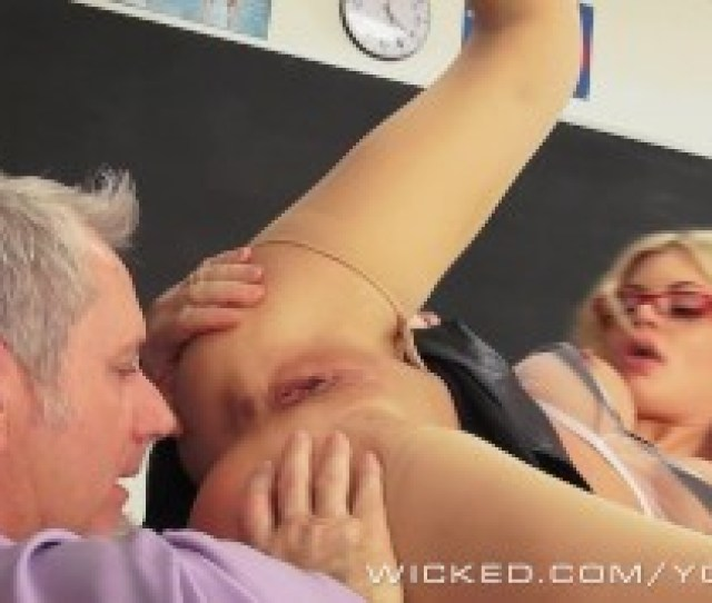 Wicked Hot Blonde Teacher Riley Steele Takes A Big Load