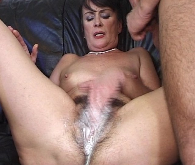 Omg This Dinasaur Shows Us A Hairy Creampie Free Porn Videos Youporn