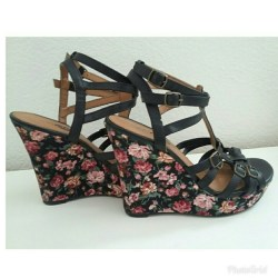cb997f8c845 Rue21 Shoes Rue 21 Black Floral Ankle Strap Wedges Poshmark