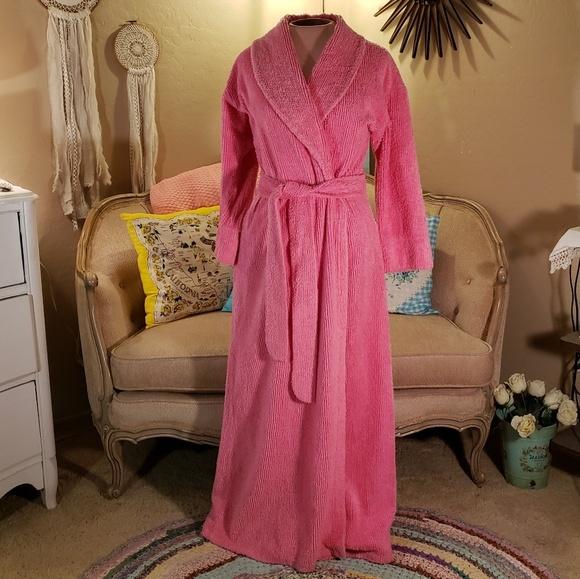 vintage chenille robe