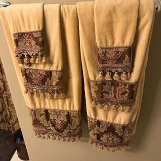 Croscill Bath | Macys Croscill Decorative Brocade Towel Set Euc | Poshmark