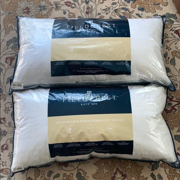 2 king size down pillows