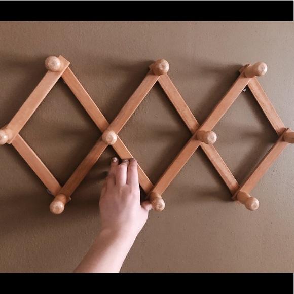 accordion peg rack wood
