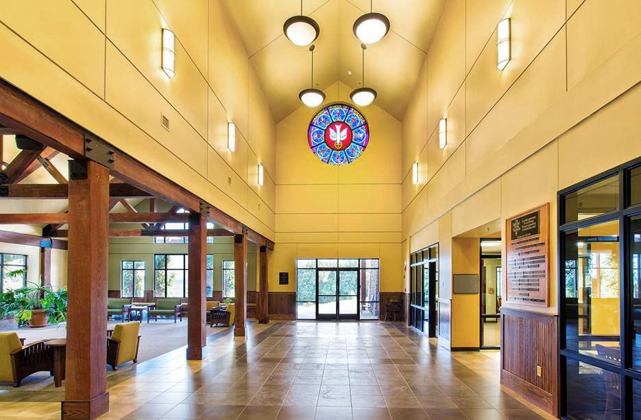 Episcopal-School-Corridor-edit