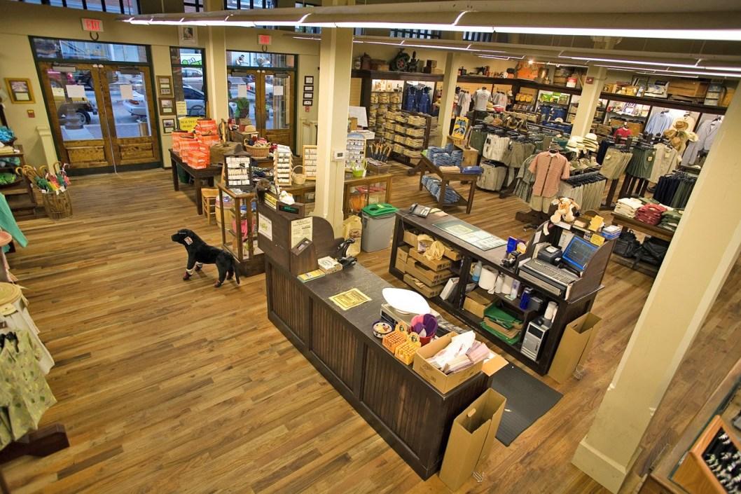 Mast-General-Store-4