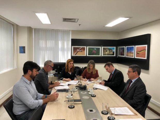 Samarco assina termo de compromisso para retomar as operações de forma gradativa