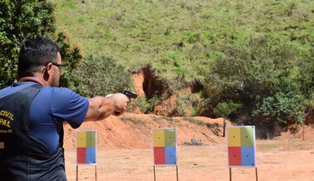 Guarda de Cachoeiro recebe armas de volta no dia 20
