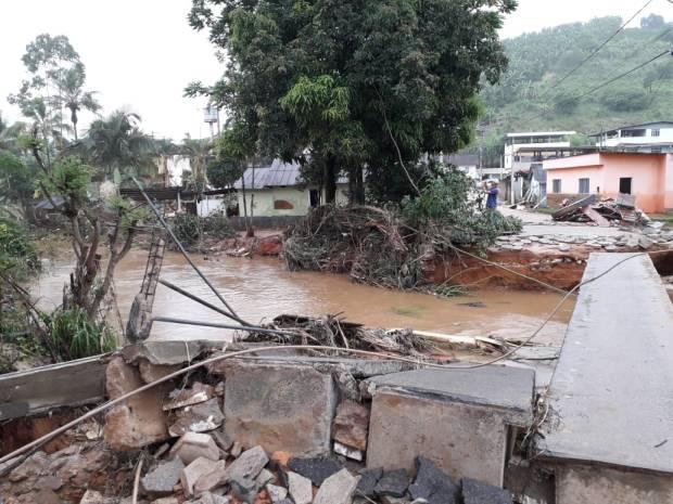 Cidades atingidas por enchentes vão receber R$ 2,5 milhões