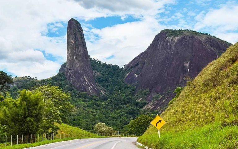 Sobre homens e montanhas: o Pico do Itabira
