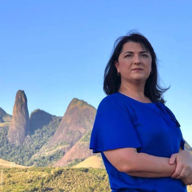 Renata Fiório critica velha política praticada por opositores em Cachoeiro