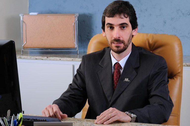 Reitor da Universidade de Viçosa faz palestra em Cachoeiro no dia 8