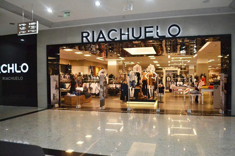 Oportunidade: Riachuelo abrirá loja em Cachoeiro e já recebe currículos