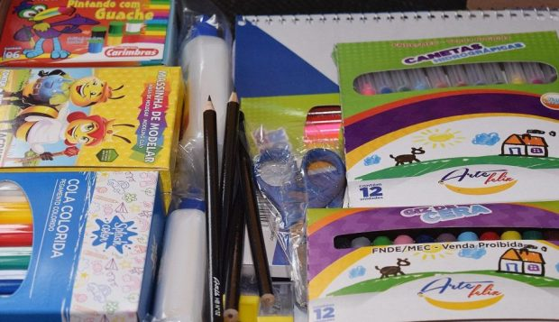 Procon Cachoeiro divulga preços de materiais escolares e orienta compras