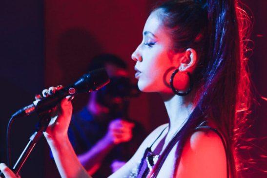 Cachoeirense Alinne Garruth é selecionada para participar do Festival Voadora