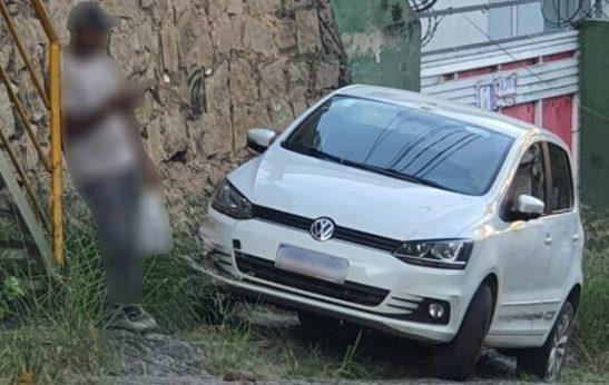 Carro de taxista morto em Itapemirim é encontrado em Cachoeiro