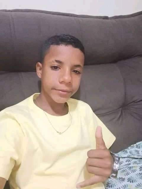 Menino morto a tiro no Zumbi iria completar 14 anos hoje